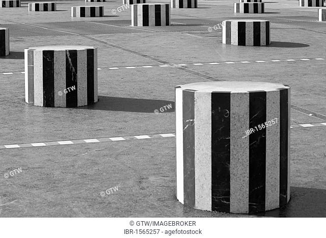 Colonnes de Buren, also known as Les Deux Plateaux, in the courtyard of the Palais Royal, Paris, France, Europe