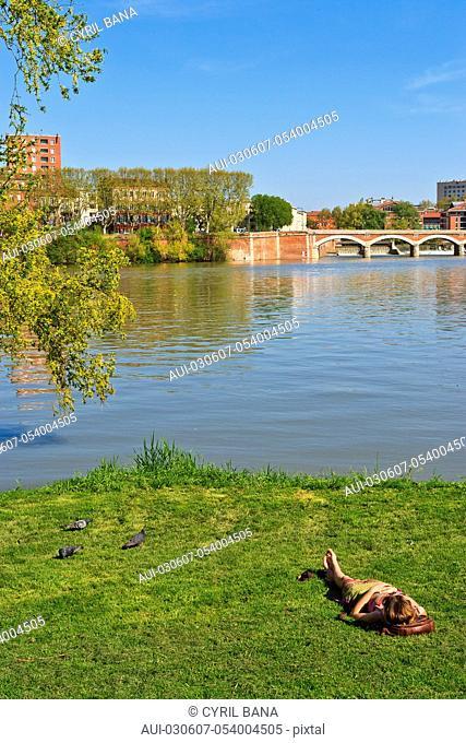 France, Toulouse, La prairie des Filtres, [urban park]