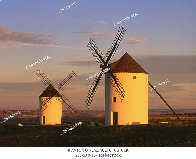 Windmills, Mota del Cuervo. Cuenca province, Castilla-La Mancha, Spain