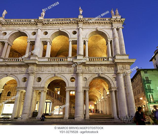 Vicenza, Veneto, Italy. The Basilica Palladiana is a Renaissance building in the central Piazza dei Signori in Vicenza. The loggia shows one of the first...