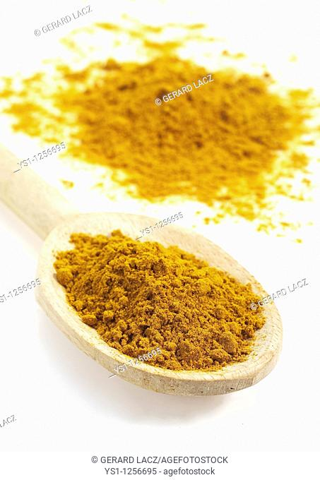 POWDER OF TURMERIC, AN INDIAN SPICE