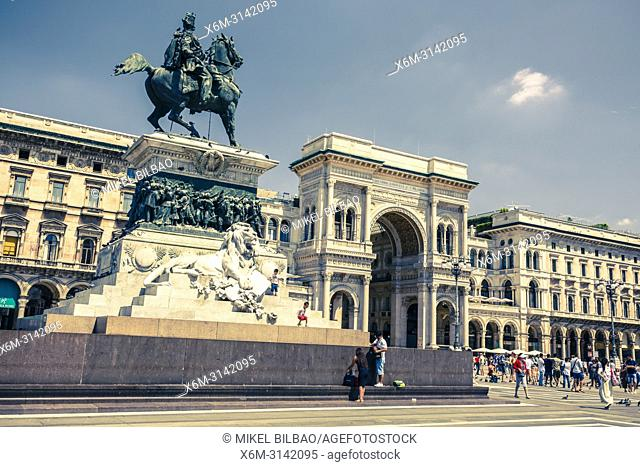 Vittorio Emanuele II statue and gallery. Milan, Lombardy, Italy, Europe