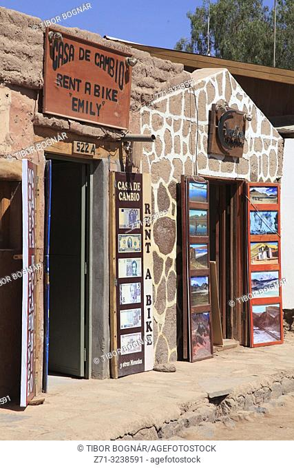 Chile, Antofagasta Region, San Pedro de Atacama, street scene, shops, houses,