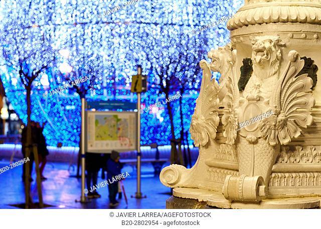 Christmas ornament, Plaza Cervantes, Donostia, San Sebastian, Gipuzkoa, Basque Country, Spain, Europe