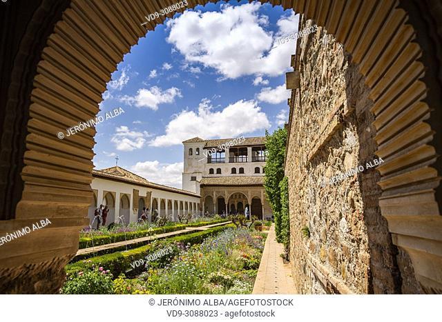 Patio de la Acequia, Generalife Palace gardens. Alhambra, UNESCO World Heritage Site. Granada City. Andalusia, Southern Spain Europe