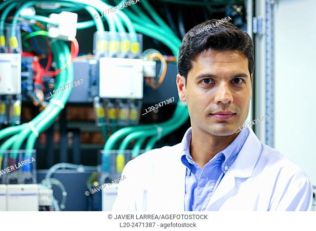 Researcher. Low Voltage Micro Network. Testing and Certificates Services for Smart Grids and Smart meters. Certification of Power Electronics Equipment