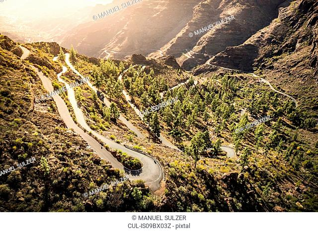 Winding mountain road (GC-605) from Mogán into mountains. South west coast of Gran Canaria, Mogan, Canary Islands, Spain