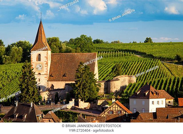 View over town of Hunawihr along the wine route, Alsace Haut-Rhin, France