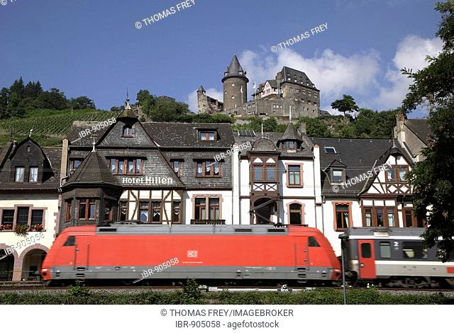 Train passing by Stahleck Castle, Bacharach, Rhineland-Palatinate, Germany, Europe