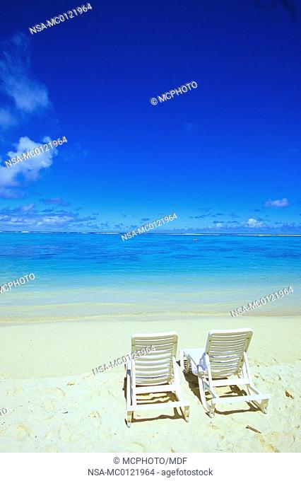 Cook Islands - Sun chair- palm beach