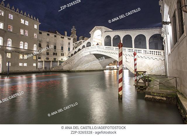 Venice, Veneto, Italy: Twilight at Grand Canal. Rialto bridge