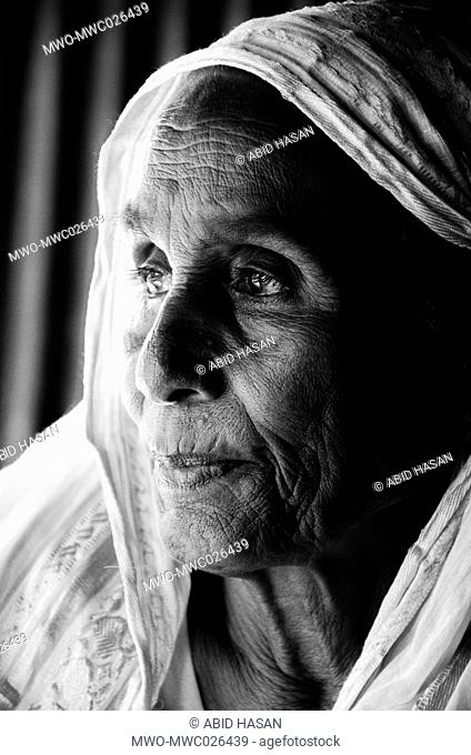 The old age woman