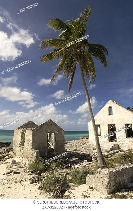Cat Island, Bahamas. Old house next to the Beach of the East (Atlantic) area Pine Bay, Cat Island