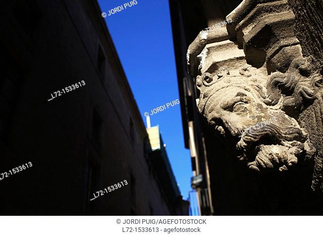 Carrer del Bisbe, Bisbe Irurita street, Gothic Quarter, Barcelona, Catalonia, Spain