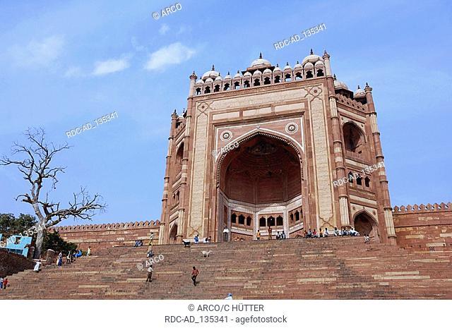 Gate of Victory  'Buland Darwaza' Jami Masjid Mosque Fatehpur Sikri Uttar Pradesh India Dargah Mosque built 1569-1585 at the order of emperor Akbar