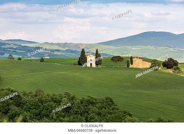 Madonna di Vitaleta chapel, San Quirico d'Orcia. Orcia Valley, Siena district, Tuscany, Italy