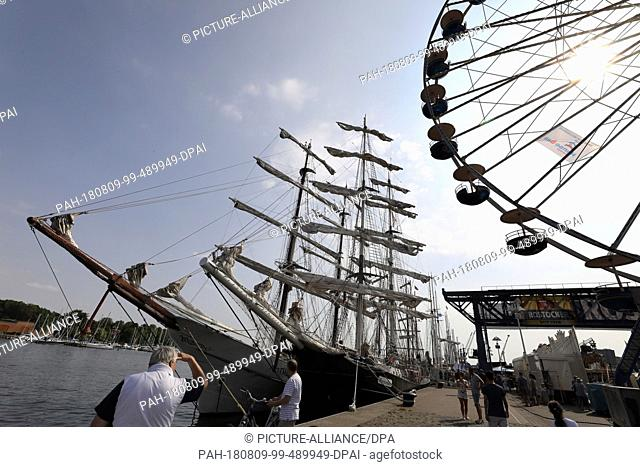 09 August 2018, Germany, Rostock: Traditional sailing ships and museum ships are guests of the Hanse Sail in the city harbour