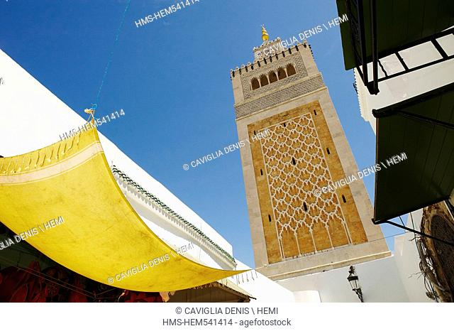 Tunisia, Tunis, medina listed as World Heritage by UNESCO, mosquy Zitouna minaret
