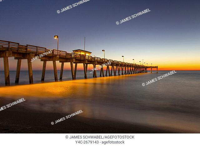 Dusk over Gulf of Mexico and Venice Pier in Venice Florida