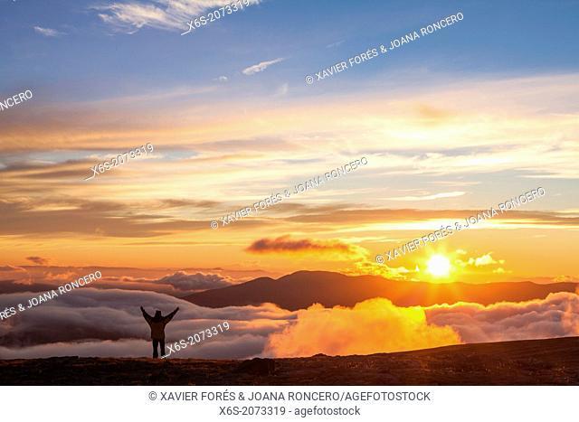 Sunset at the Viewpoint area - Balcones de Ordesa-, National Park of Ordesa and Monte Perdido, Huesca, Spain
