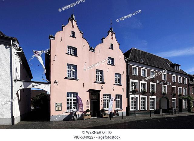 D-Wachtendonk, Niers, Nette, Naturpark Maas-Schwalm-Nette, Niederrhein, Rheinland, Nordrhein-Westfalen, NRW, historische Altstadt, Haus Puellen, Barockhaus
