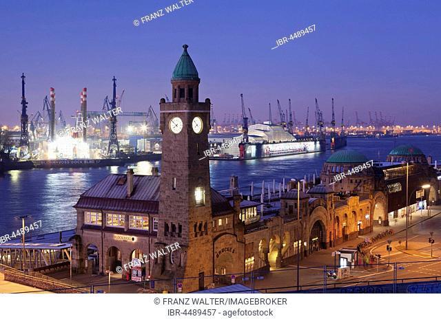 Tide-gauge tower, St.Pauli-Landungsbrücken also St. Pauli Piers and harbour, Hamburg, Germany