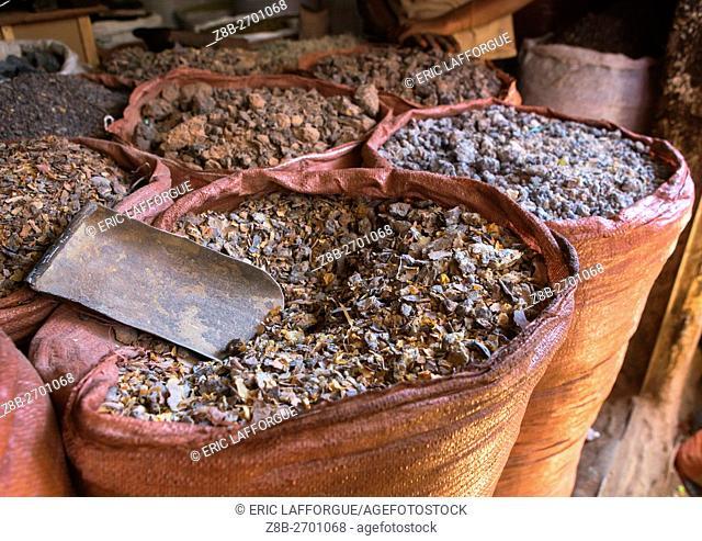Ethiopia, Harari Region, Harar, insence market in the old town
