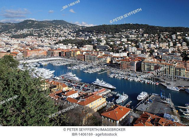 Port, seen from the castle hill, Nice, Alpes Maritimes, Région Provence-Alpes-Côte d'Azur, Southern France, France, Europe