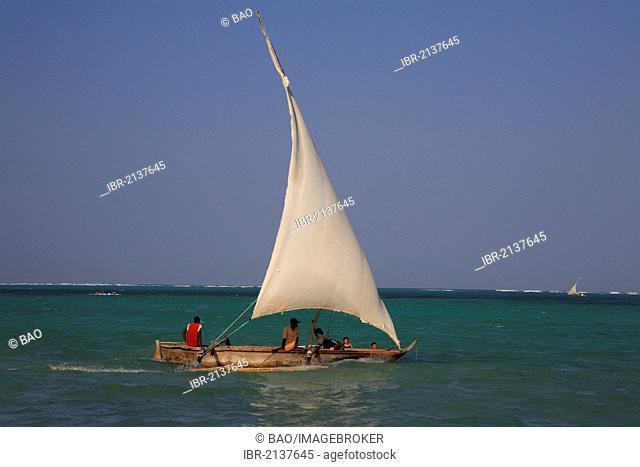 Dau, Dhow, a traditional sailing vessel, Zanzibar, Tanzania, Africa