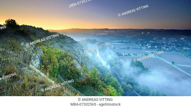 Morning fog, view of the Saale valley, castle ruins Rudelsburg and Saaleck, near Bad Kösen, Burgenlandkreis, Saxony-Anhalt, Germany