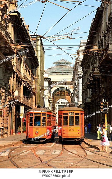 Italy, Lombardy, Milan, Piazza Cordusio,tram