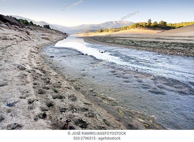 Drought at Burguillo reservoir. Avila. Castilla Leon. Spain. Europe