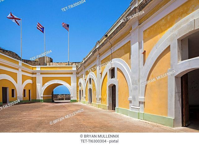 Morro Castle, Inner courtyard