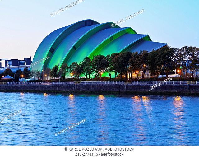 UK, Scotland, Lowlands, Glasgow, Twilight view of The Clyde Auditorium