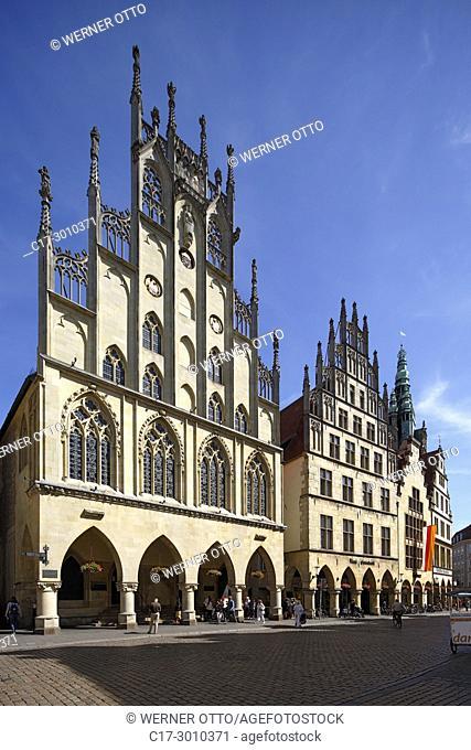 Muenster (Westfalen), D-Muenster, Westphalia, Muensterland, North Rhine-Westphalia, NRW, Historical City Hall of Muenster at the Prinzipal Market Place, arcades