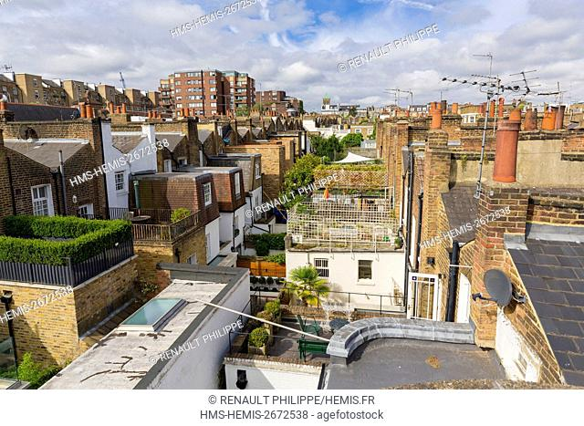 United Kingdom, London, Kensington district close to Notting Hill, roofs townhouses with outdoor patios upstairs
