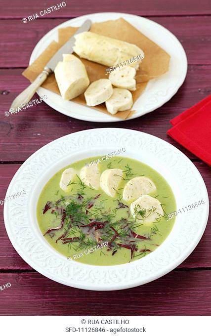 Cream of pea soup with radicchio and quark dumplings