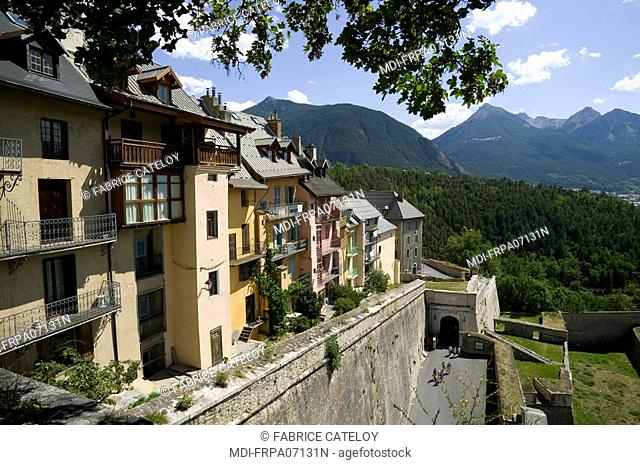 The houses close to the fortified surrounding wall built by Vauban