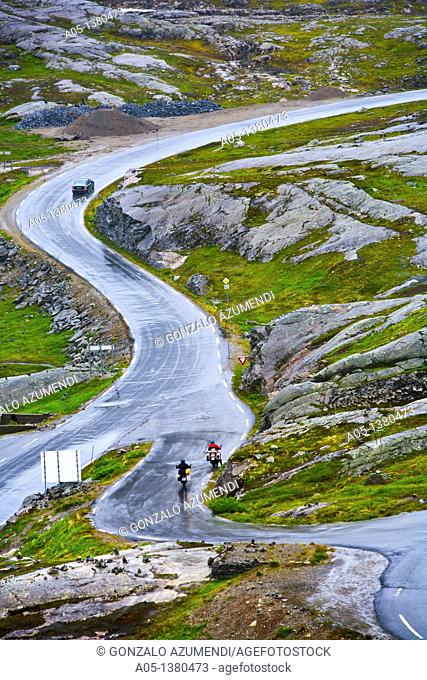 Road to Dalsnibba Viewpoint, More and Komsdal, Norway