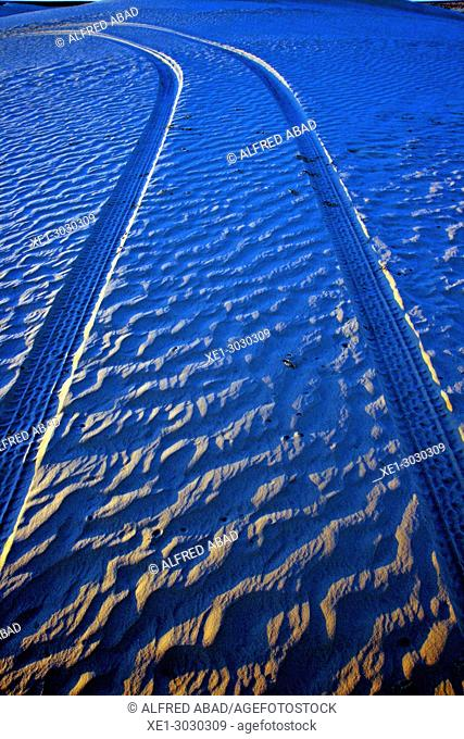 wheel tracks in the desert, Tunisia