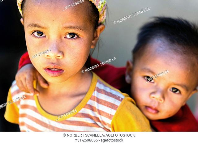 Asia. South-East Asia. Laos. Province of Vang Vieng. Rural village. Portrait of children. Sister and brother