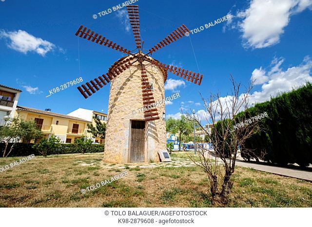 molino construido por los artesanos de la VI feria de artesania, 2009, Binissalem, Raiguer, Mallorca, balearic islands, spain, europe