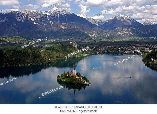 Bled, Lake Bled, Bled Island, Church of the Assumption, Bled Castle, Karavanke Mountains, Slovenia