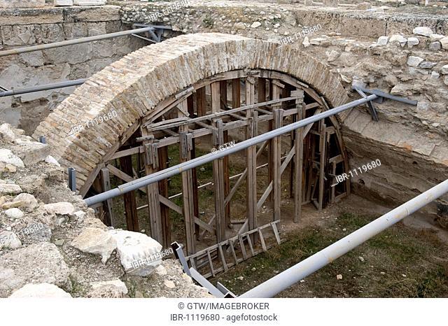 Restoration work, Laodicea on the Lycus, Denizli, Anatolia, Turkey