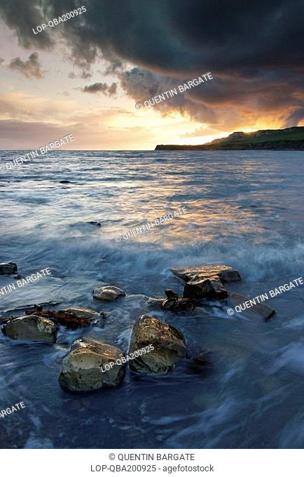 England, Dorset, Kimmeridge Bay, Stormy evening at Kimmeridge Bay