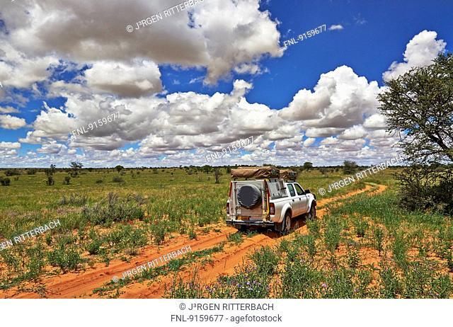4x4 in Kgalagadi Transfrontier Park, Kalahari, South Africa, Botswana