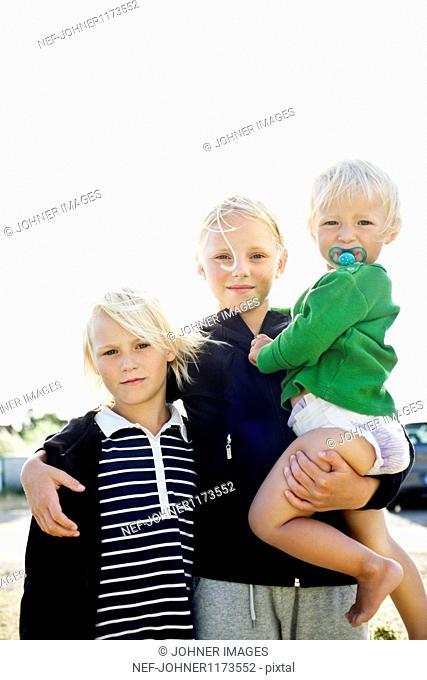 Three siblings, portrait