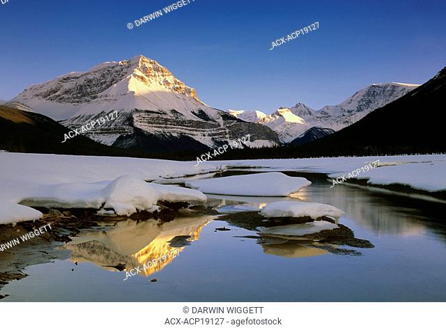 Sunwapta River with Sunwapta Peak and Mount Kitchener in winter, Jasper National Park, Alberta, Canada