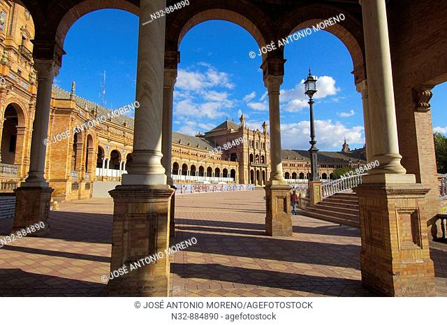 Plaza de España in Maria Luisa Park, Seville. Andalusia, Spain