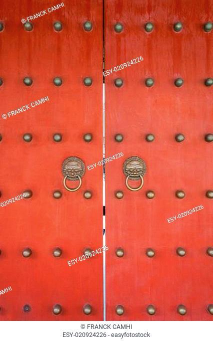 red doors Wen Miao confucius temple shanghai china
